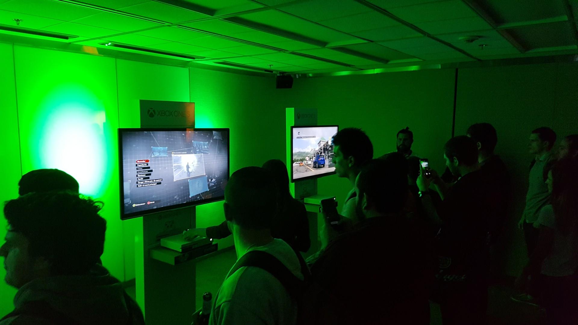 """Bernardo Camacho: """"La Xbox One X llegará a Argentina antes de fin de año"""""""