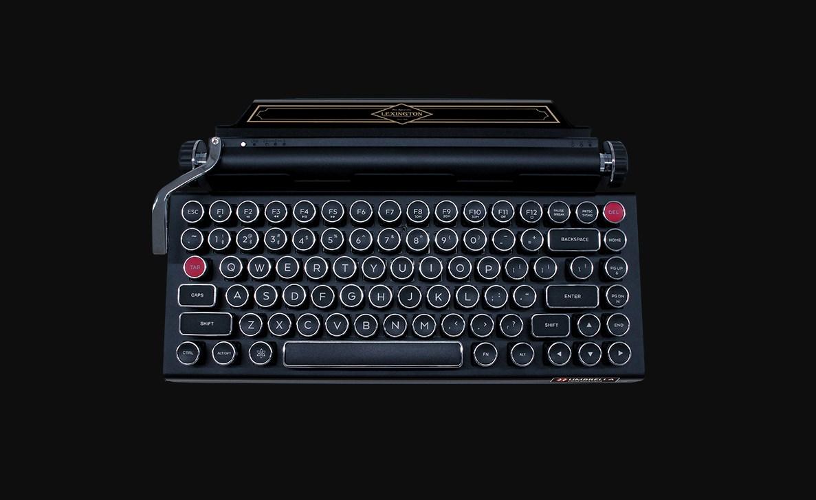 Resident Evil 2 tendrá una versión premium en Japón: un teclado y una máquina de escribir