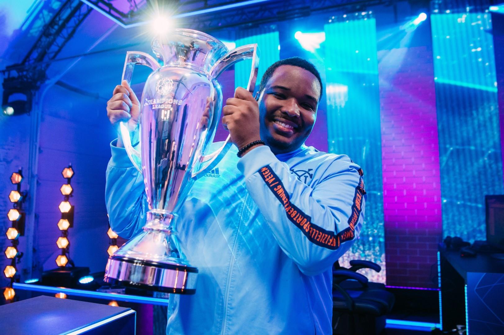 [FINAL] NYC_Cris es el primer campeón de la eChampions League de FIFA 19