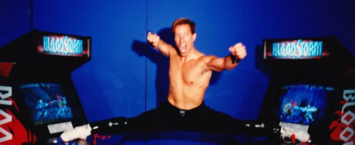 Daniel Pesina: Johnny Cage, en un anuncio promocional