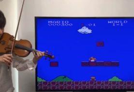 Teppei Okada recreó con su violín los efectos de sonidos del clásico Super Mario Bros