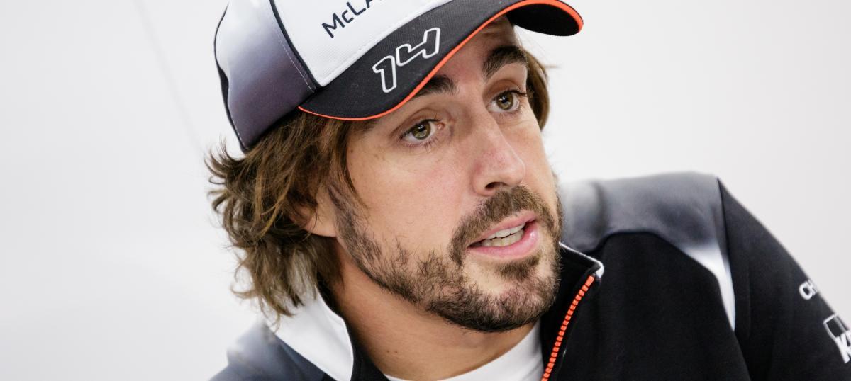 Fernando Alonso se quedó con el GP de Mónaco y se acerca a la triple corona en la Legends Trophy
